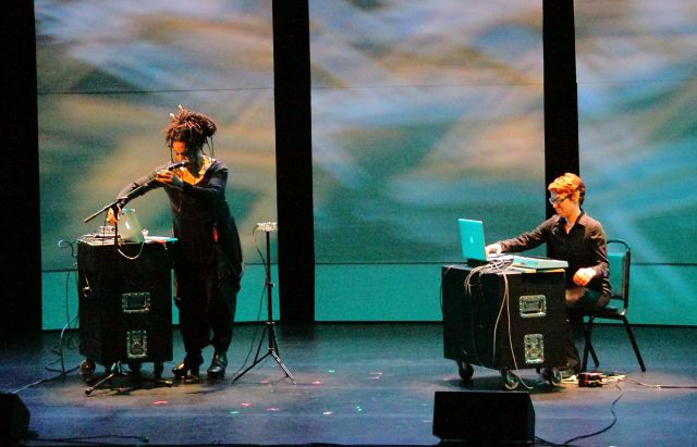 Pamela Z (left) improvising with Paula Matthusen