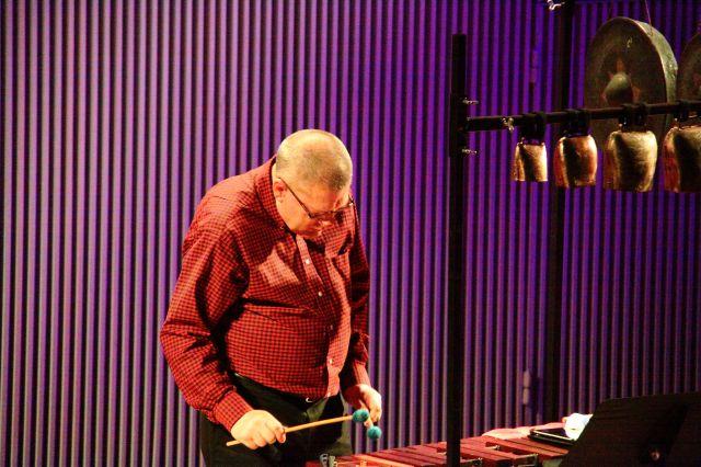Alan Zimmerman performing Joe Byrd's Water Music.
