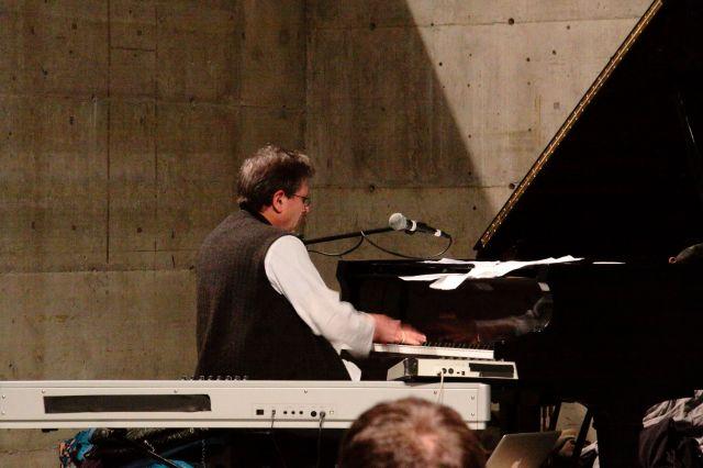 Alvin Curran at the keyboards performing his Fake Book.