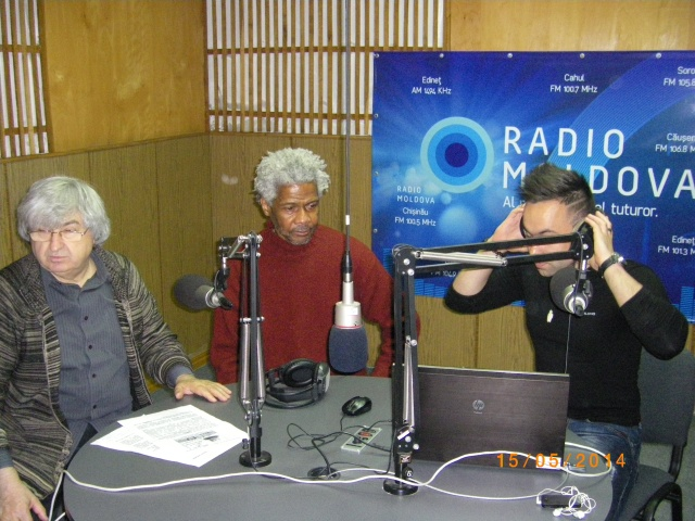 Primous Fountain in the Radio Moldova Studio for his interview.