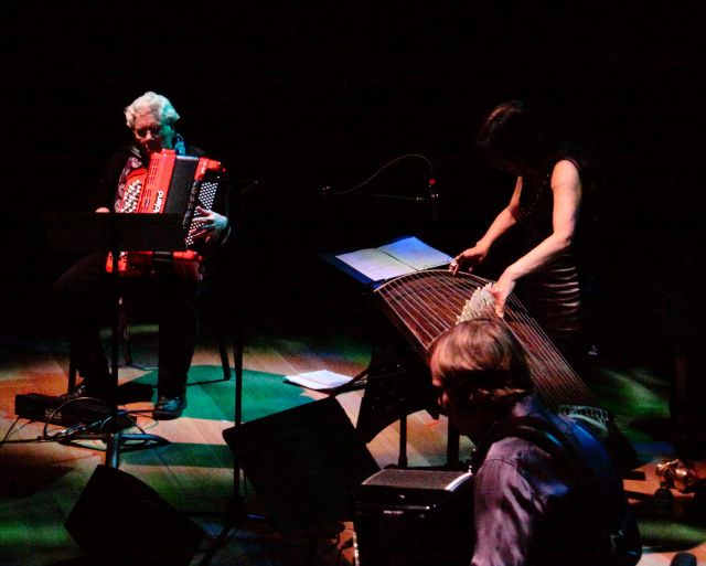 Pauline Oliveros, Miya Masaoka and Frode Haltli performing Oliveros' Twins Peeking at Koto (2014)